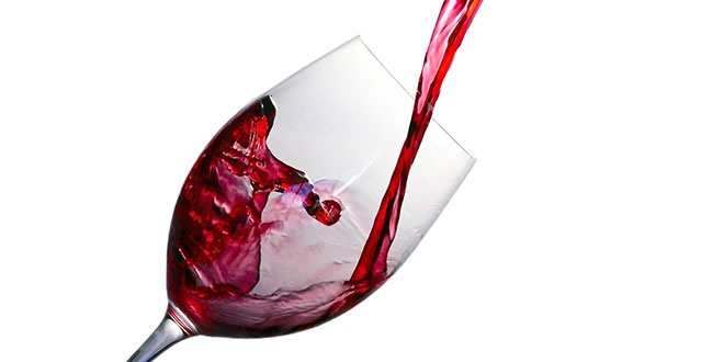 Photo of Red wine can treat depression, anxiety: Study